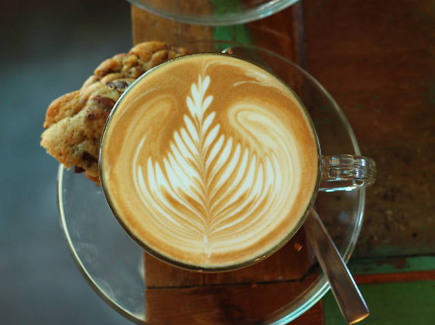 """The best """"early bird"""" Tel Aviv cafés to start your day"""