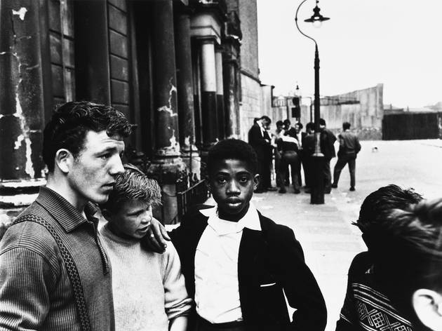 Ten amazing archive photos of London by Roger Mayne