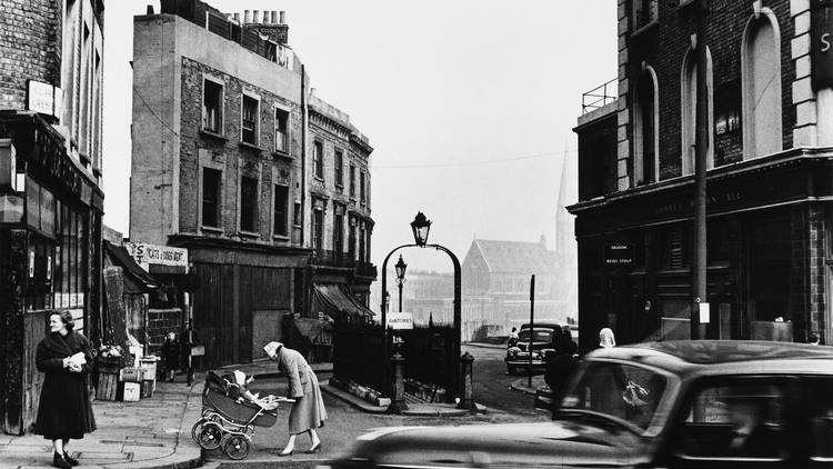 Ten Amazing Archive Photos Of London