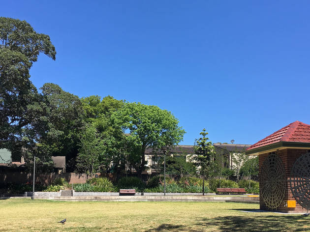 Dr H J Foley Rest Park