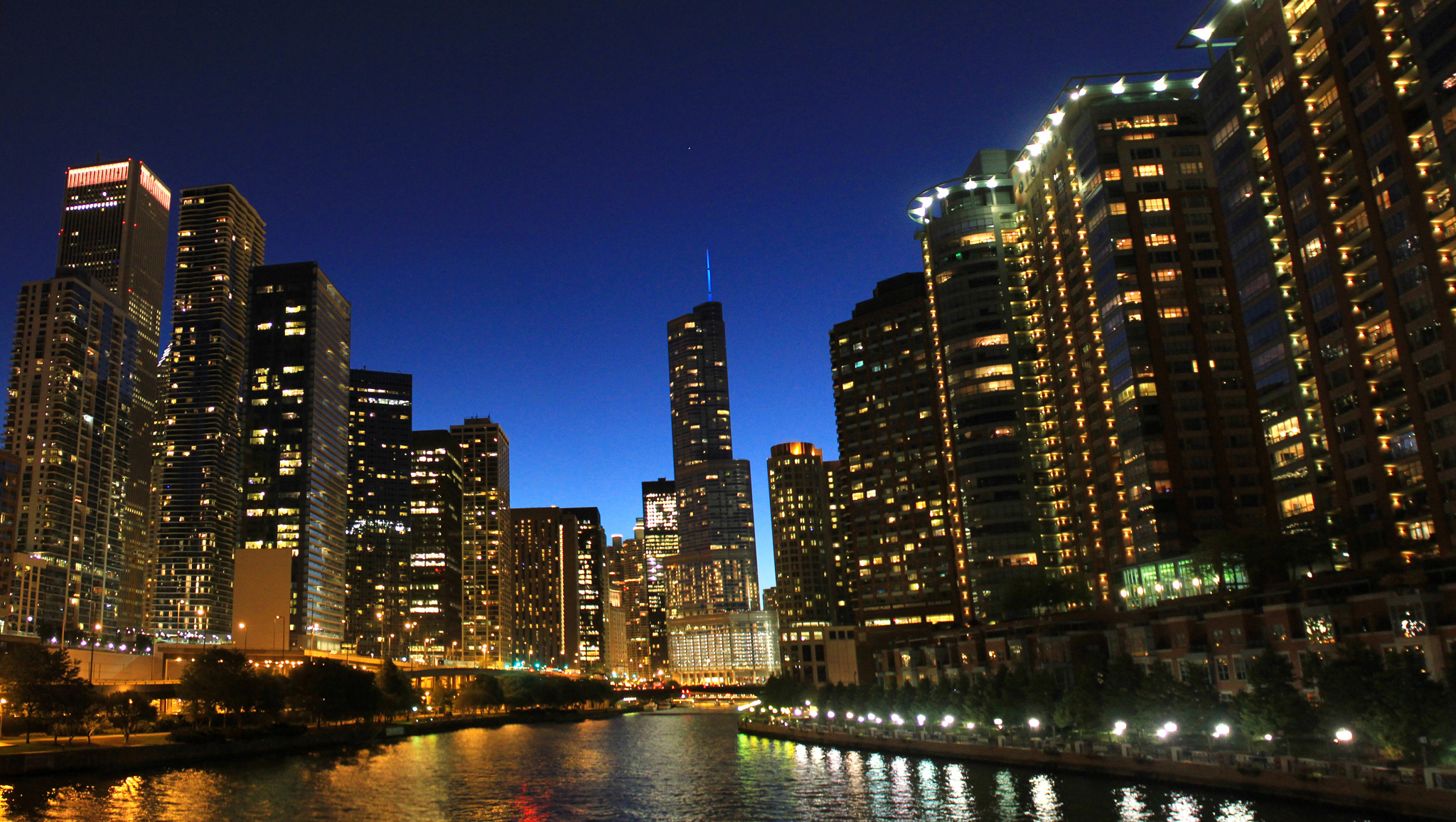 Chicago slides to 10th most expensive rental market in U.S.