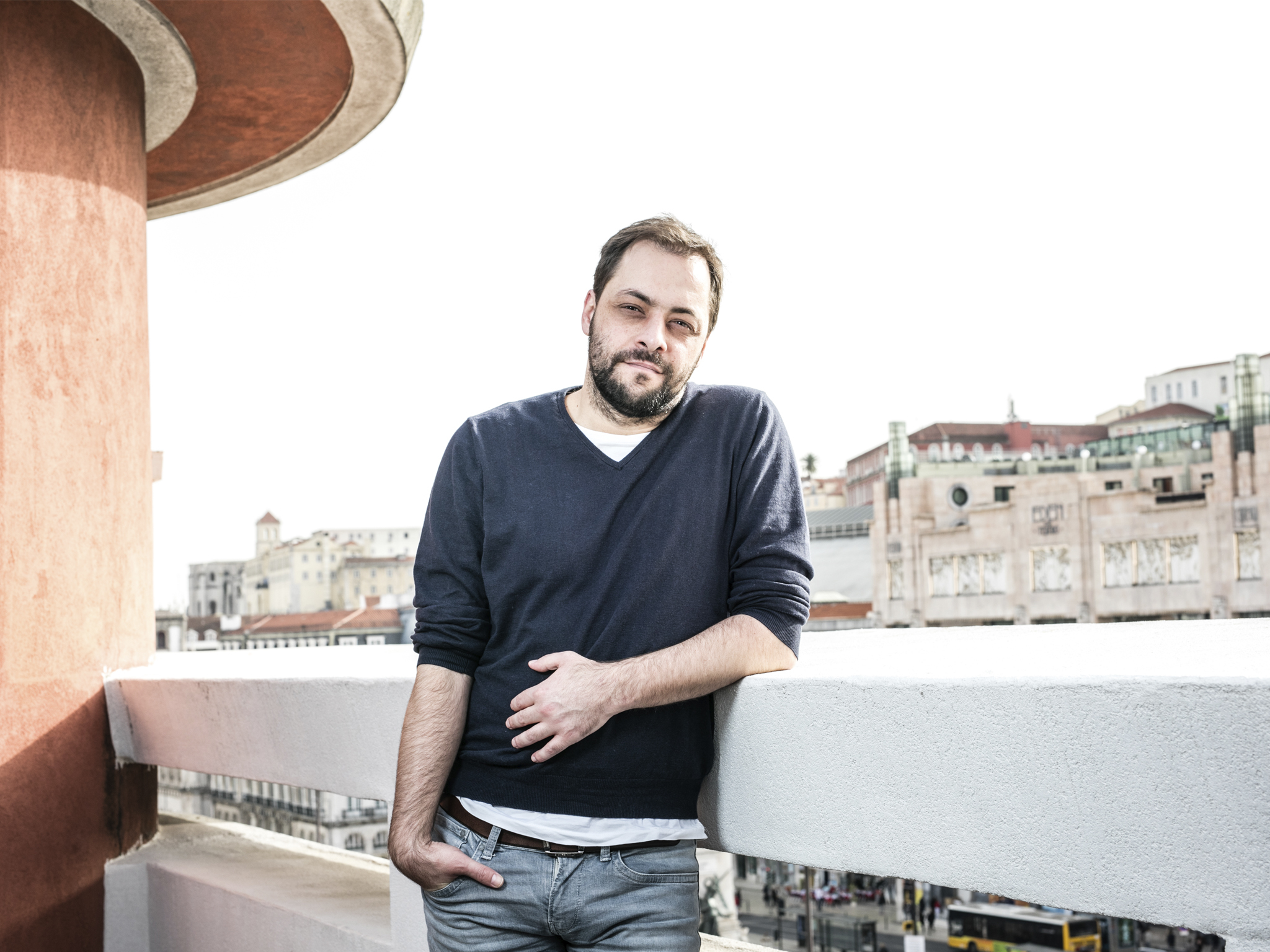 Entrevista a António Zambujo: hoje é o Chico, amanhã talvez o Tom Waits