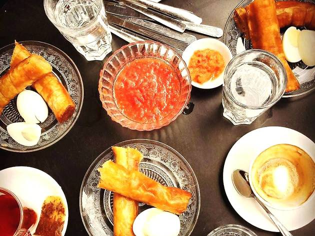 Jachnun at noon: the dos and don'ts of the flaky Shabbat breakfast staple