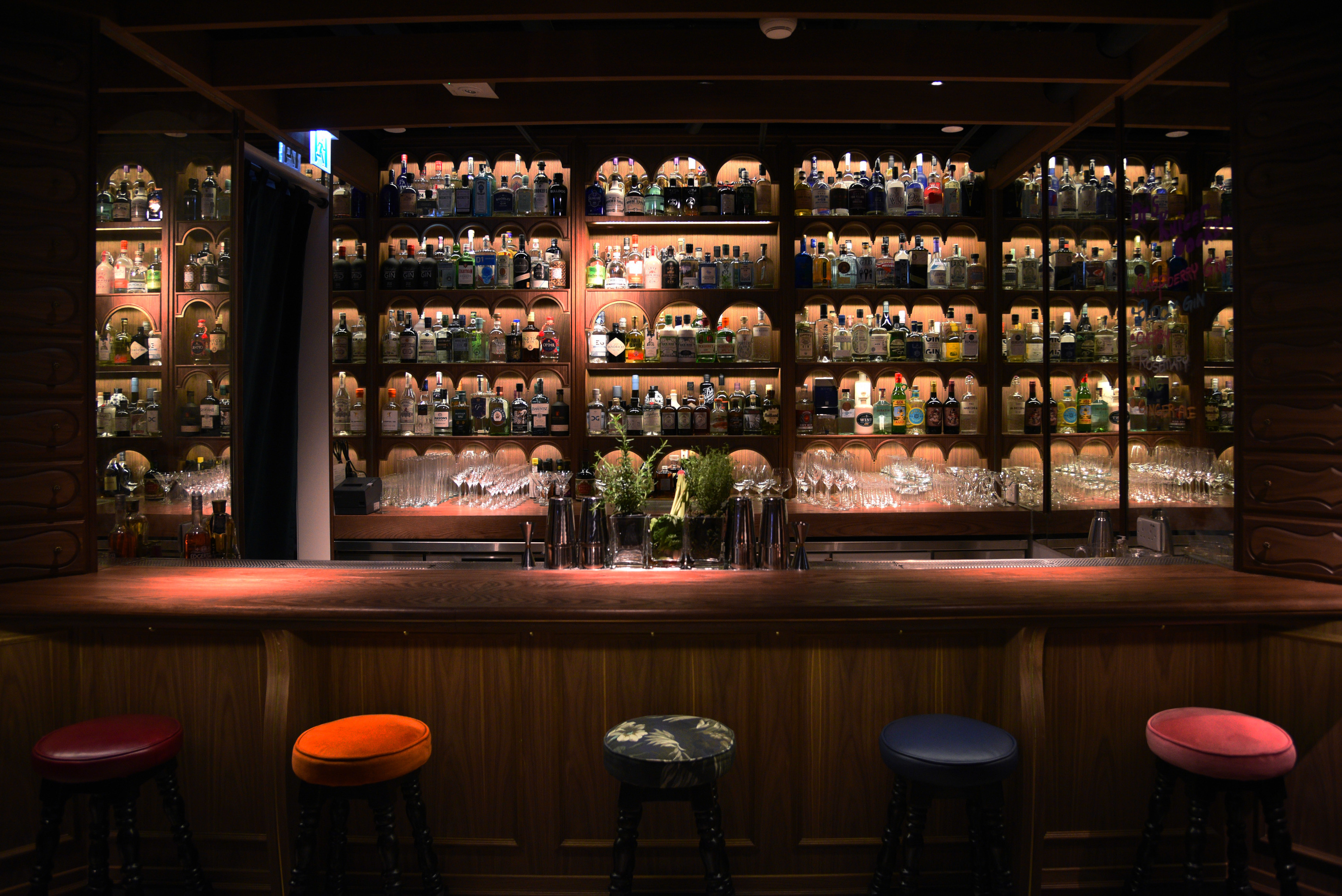 The best bars in Hong Kong for drinking gin