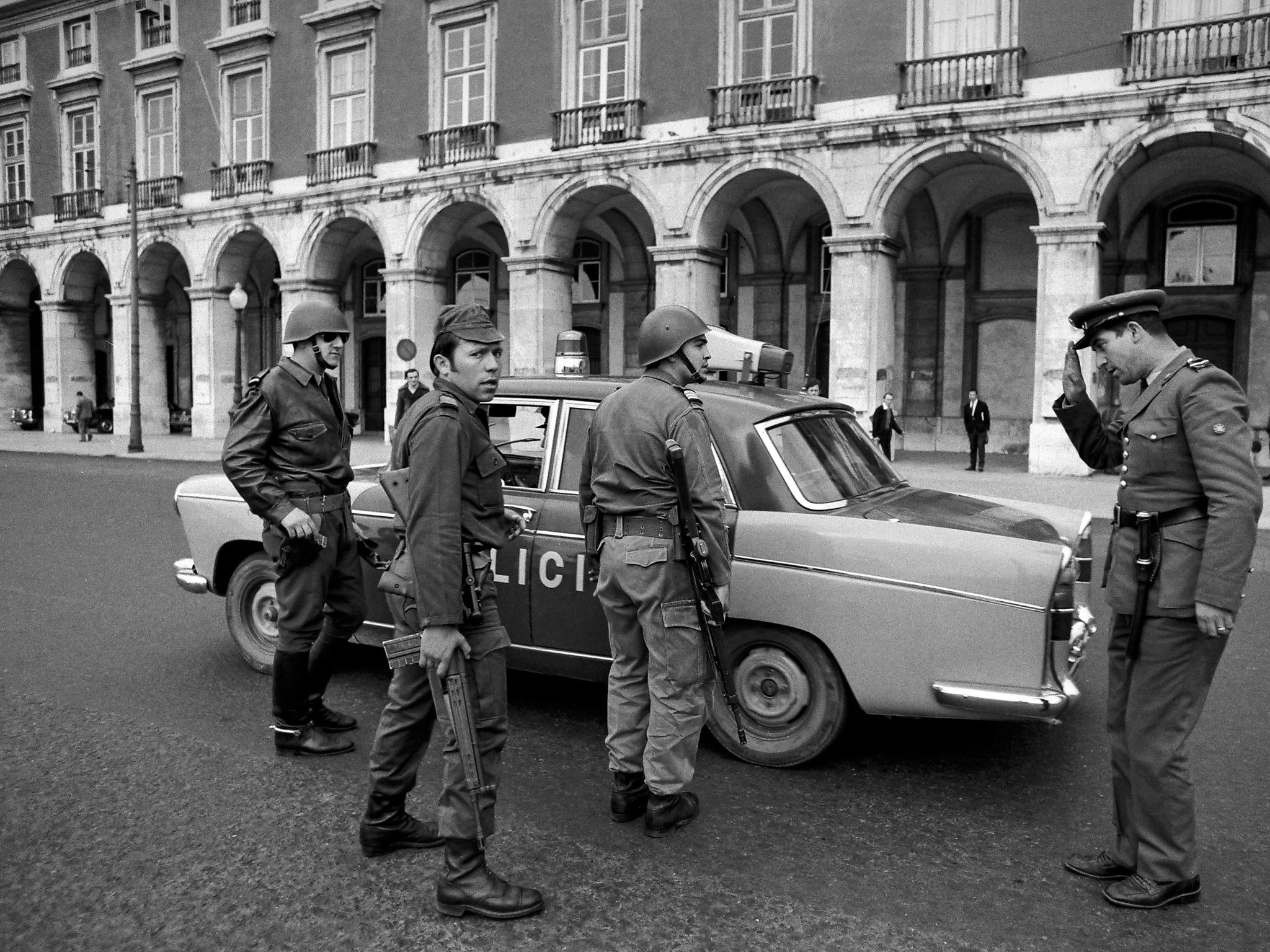 Alfredo Cunha -25 de Abril 1974