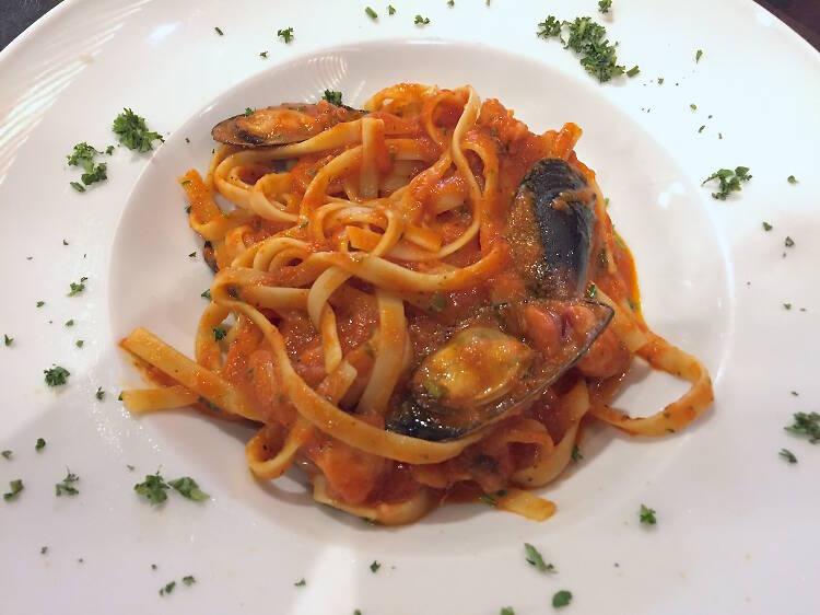 Pasta y vino con el chef Marco Carboni