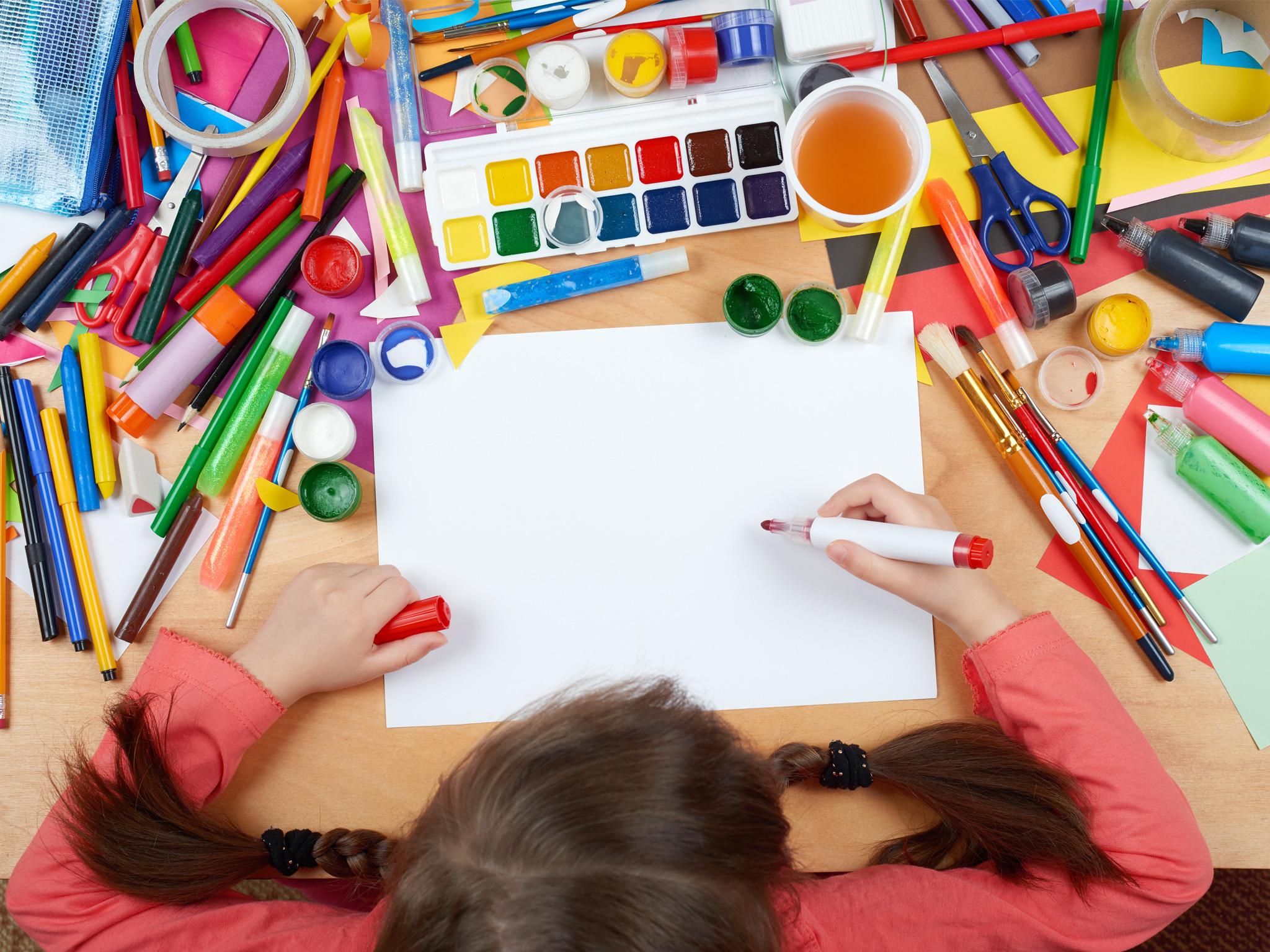 Taller infantil de dibujo y escultura