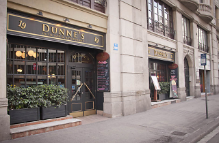 Dunne's Irish Bar and Restaurant