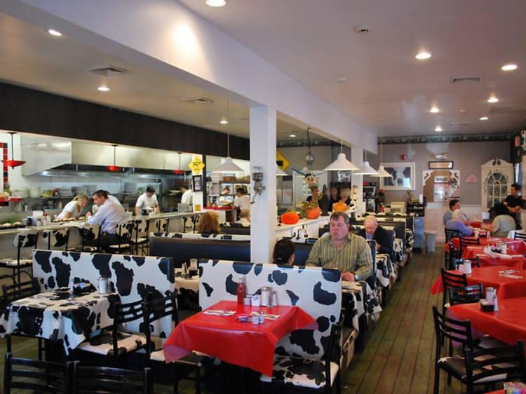 Maureen's Kitchen, Smithtown
