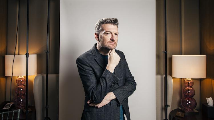 'Black Mirror'ın yaratıcısı ve yazarı Charlie Brooker'la tanışın