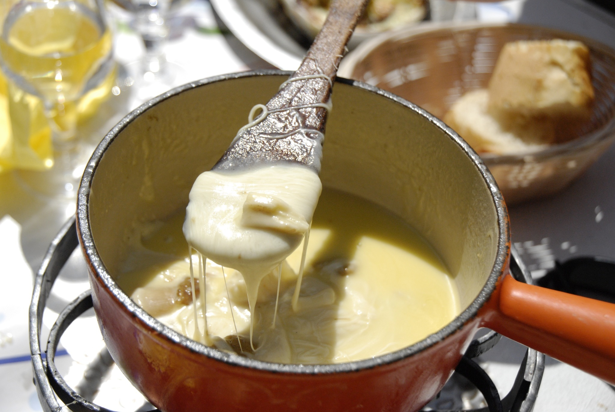 Fondue Savoyarde, Alpine dishes travel feature