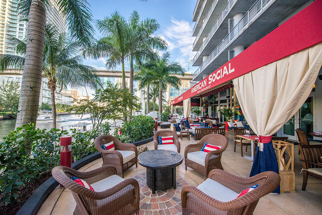 Your guide to the perfect happy hour Miami has to offer