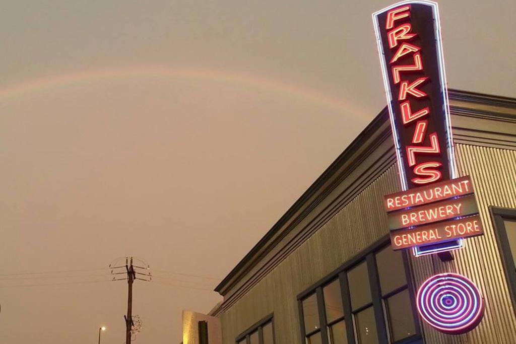 Franklins Restaurant & Brewery