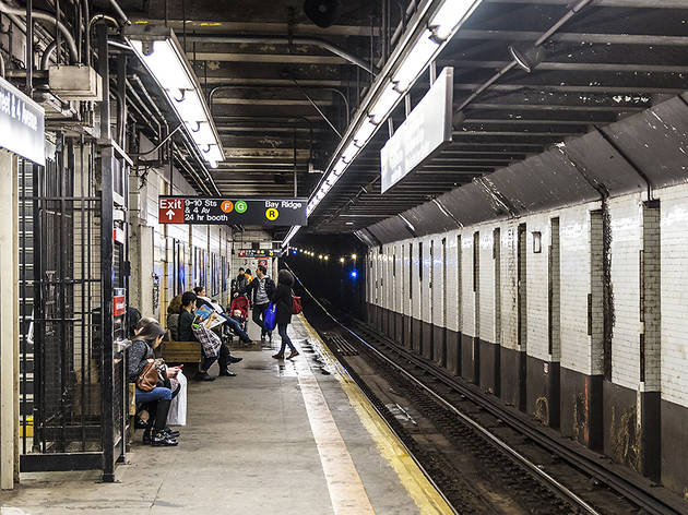 Subway stations with no countdown clock