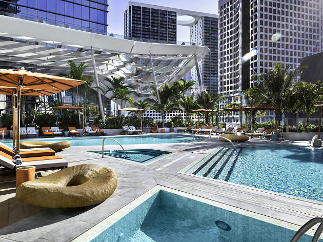 The most gorgeous swimming pools in Miami