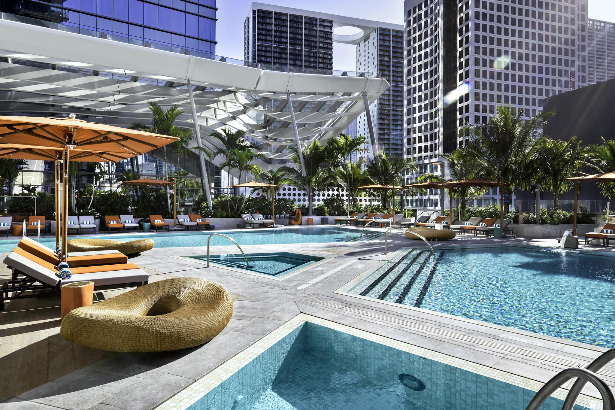 11 best swimming pools in miami for splashing and relaxing for Swimming pools in the north east