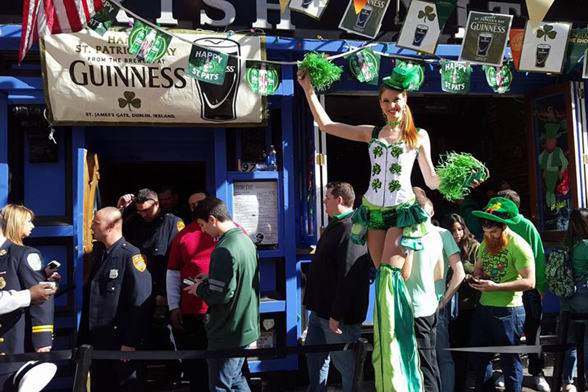 9d89e77b Best bars to drink at near the St. Patrick's Day Parade