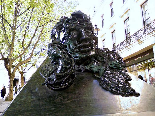 Oscar Wilde statue, LGBT landmarks