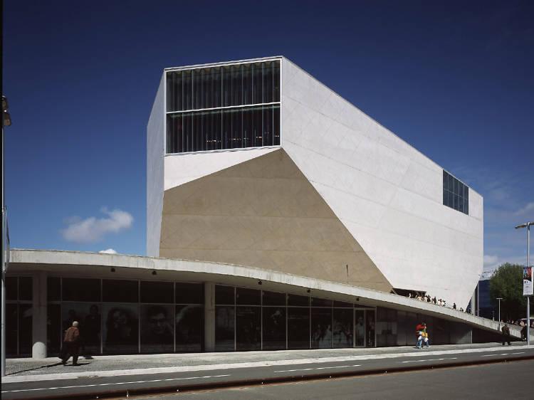 Visit the Casa da Música