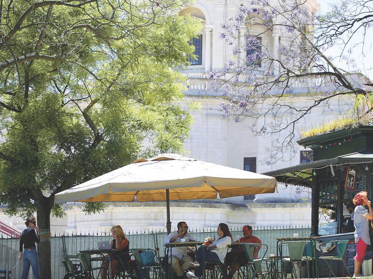 Clara Clara Café