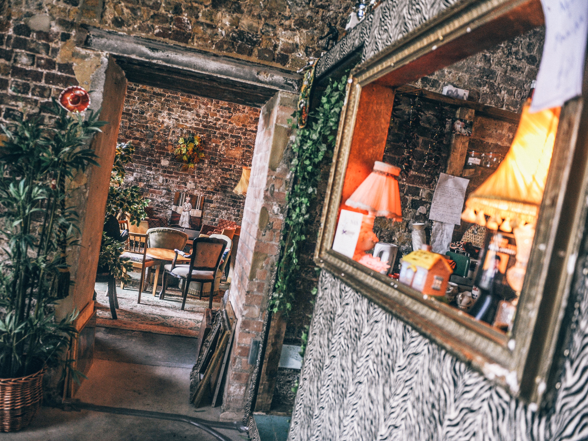 100 best bars and pubs in london, little nan's bar