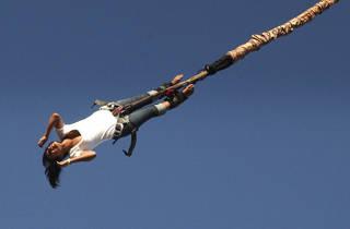 Bungee Jumping em Lisboa: quer saltar de uma grua com 50 metros?