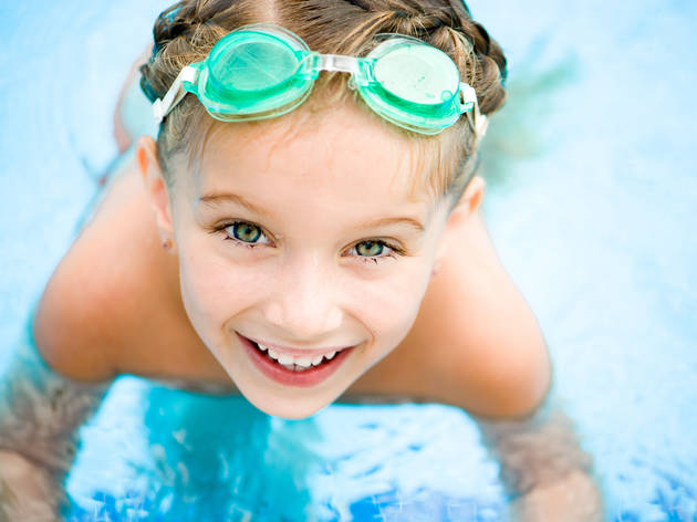 free swim lessons for kids at ymca here s the scoop