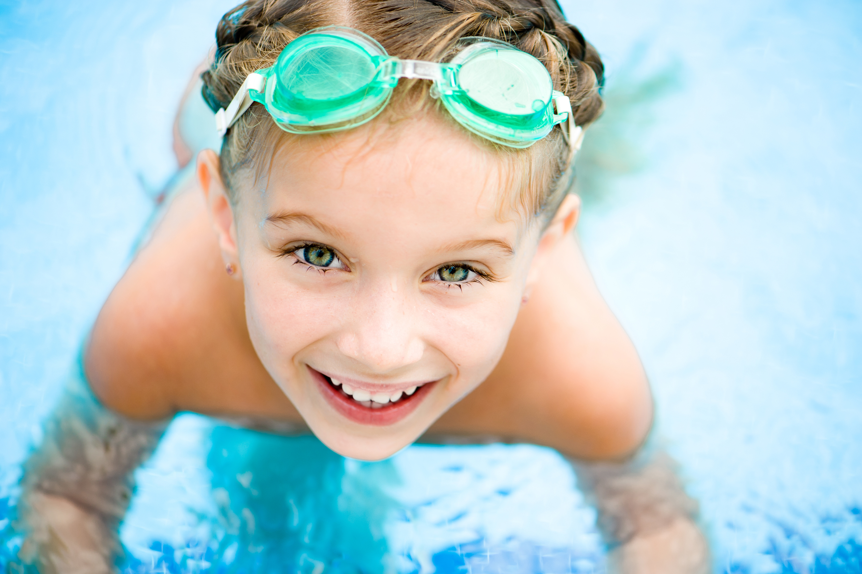Free swim lessons for kids at YMCA! Here's the scoop.