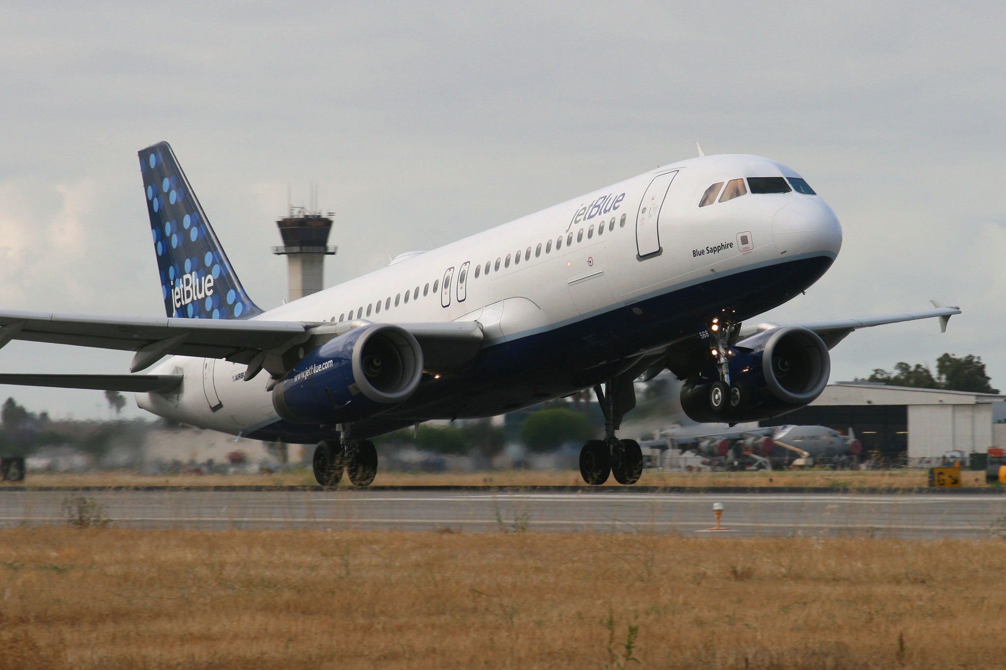 Fly across the country with JetBlue for as low as $39 if you book by tomorrow night