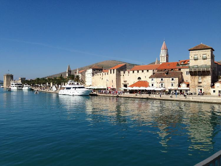 Discover Split and Trogir on foot