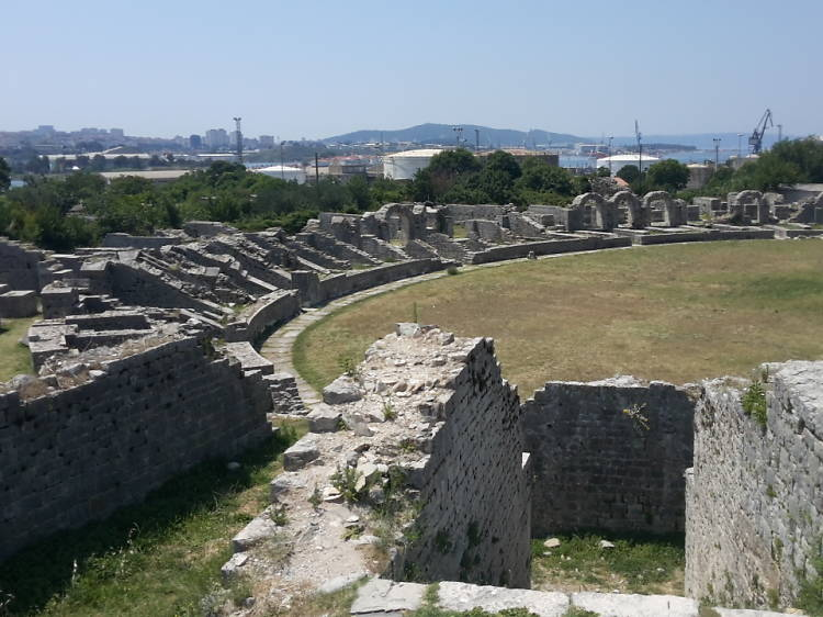 Uncover Roman Ruins