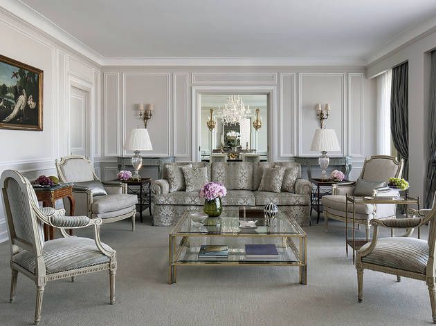 Four Seasons Hotel Ritz (©Richard Waite)
