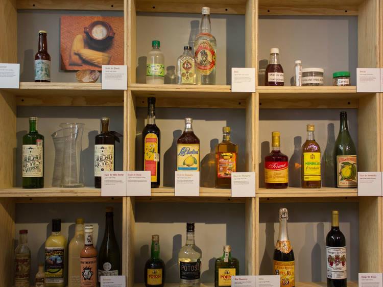 Muestra de identidad gastronómica y bebidas nativas