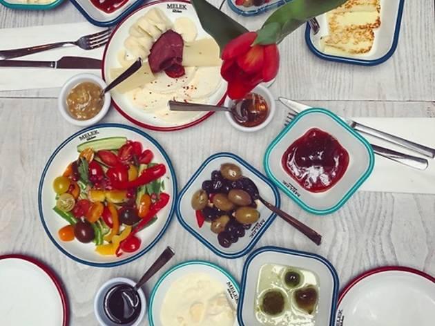 Melek Kitchen
