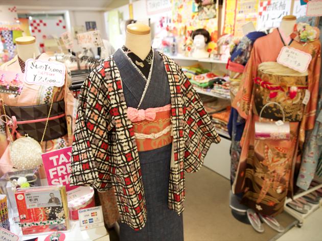 トーキョー135° 新宿アルタ店