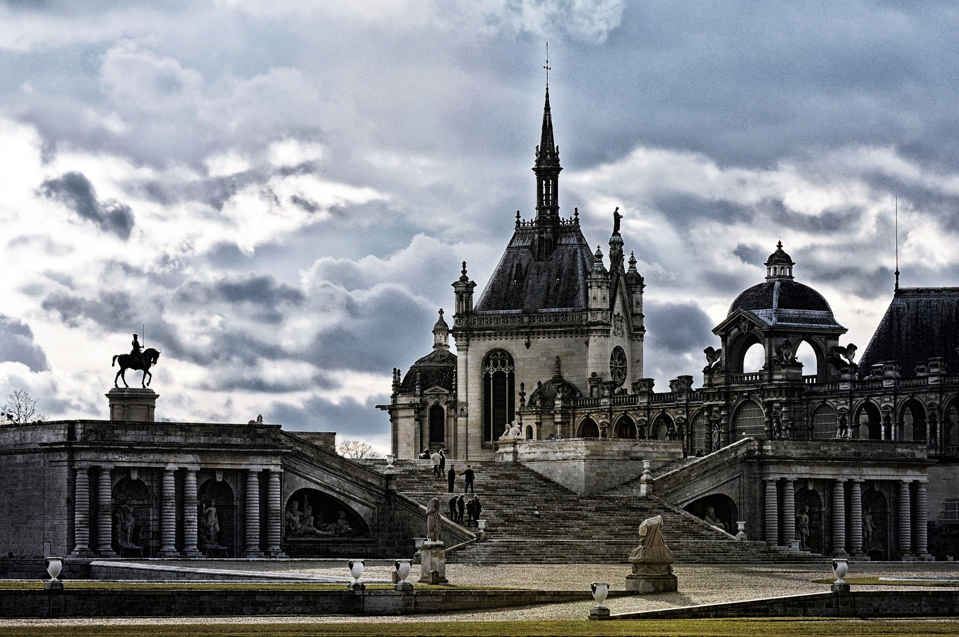 things to do in paris day trips the domaine de chantilly. Black Bedroom Furniture Sets. Home Design Ideas