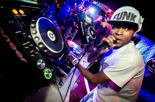 SOMETHINN FEATURING DJ FUNK