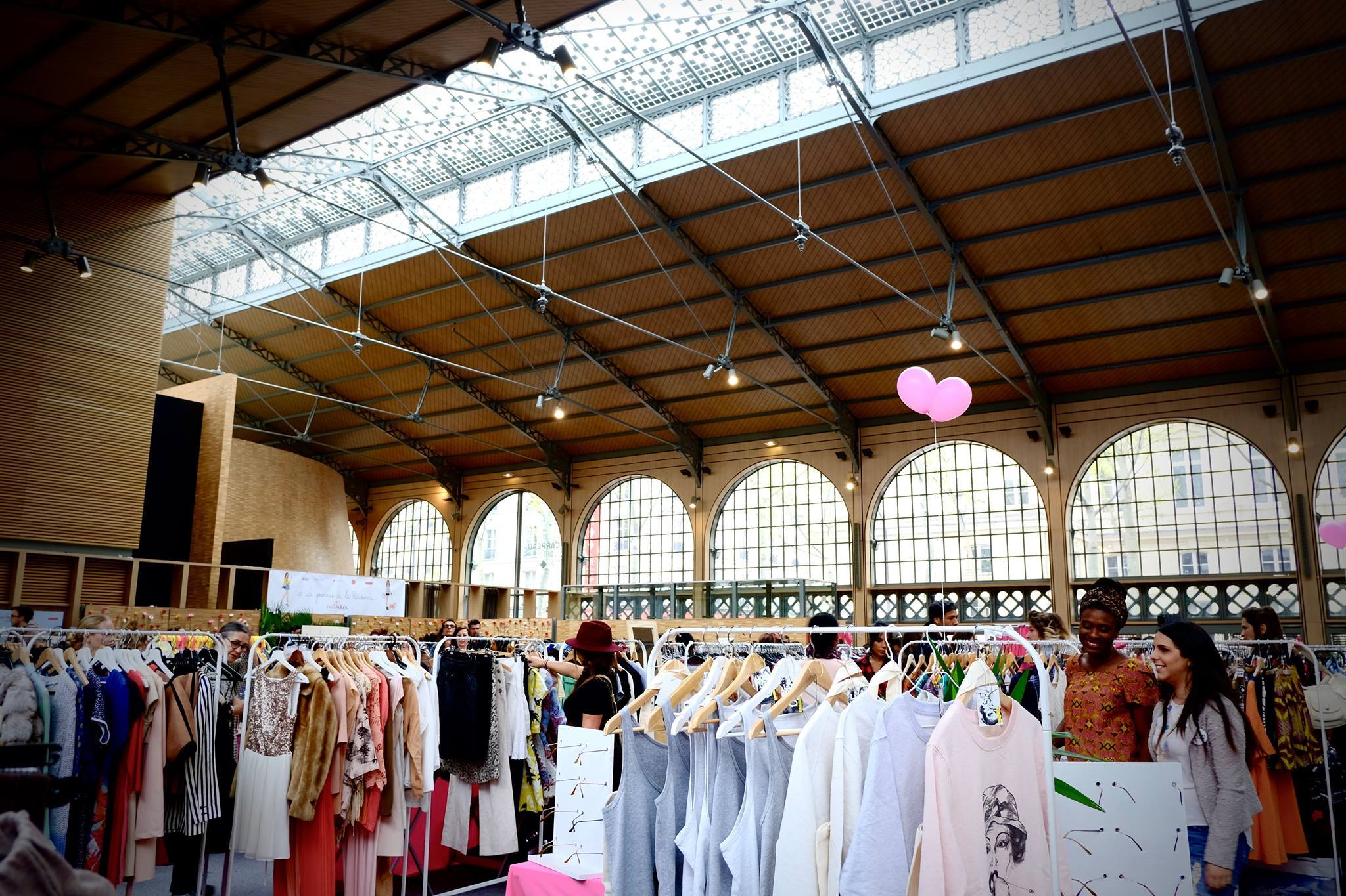 Vide grenier paris le guide des braderies parisiennes - Brocante a paris ce week end ...