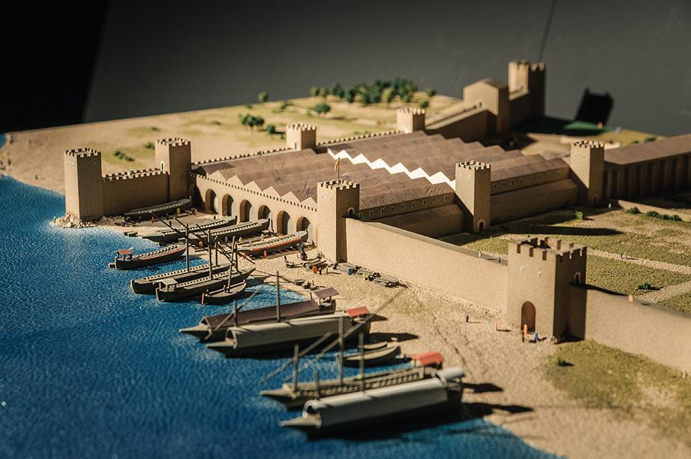 Diorama drassanes i galeres, museu marítim