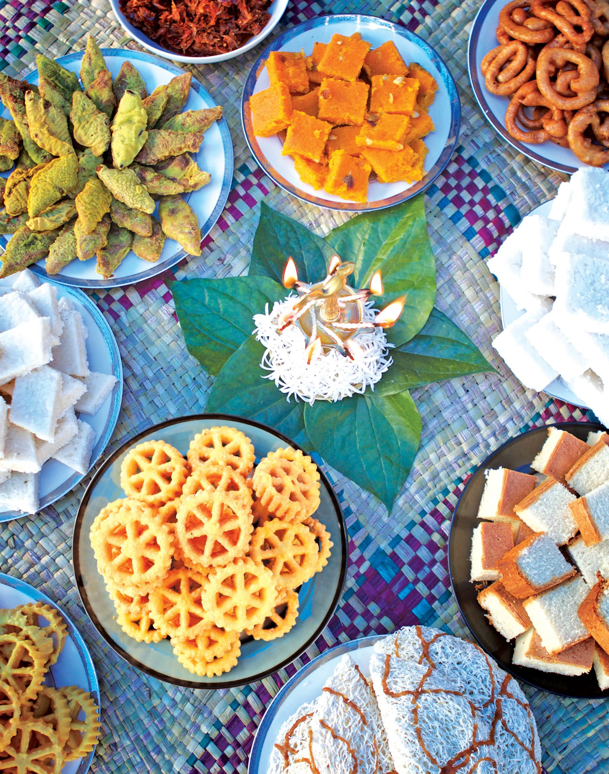 Join families and neighbourhoods and partake in Avurudu customs