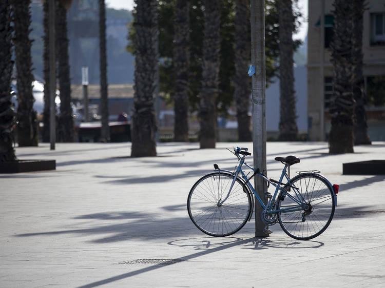 Què passa quan la grua se t'emporta la bici? Això passa?
