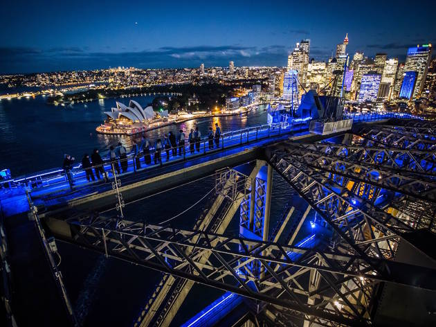 Sydney harbour bridge climb vivid sydney