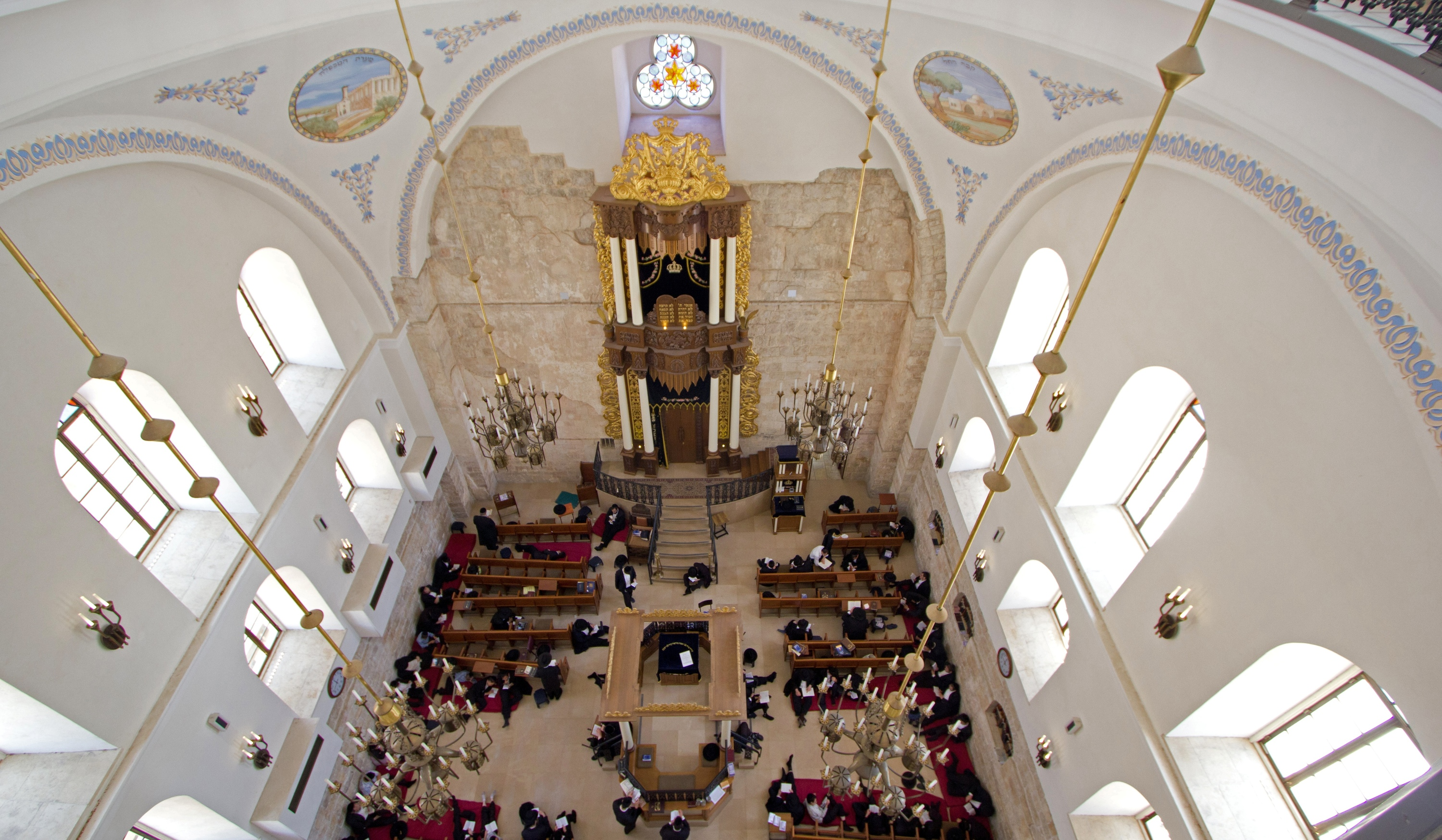 Stunning Jewish synagogues in Israel to visit in the Holy Land