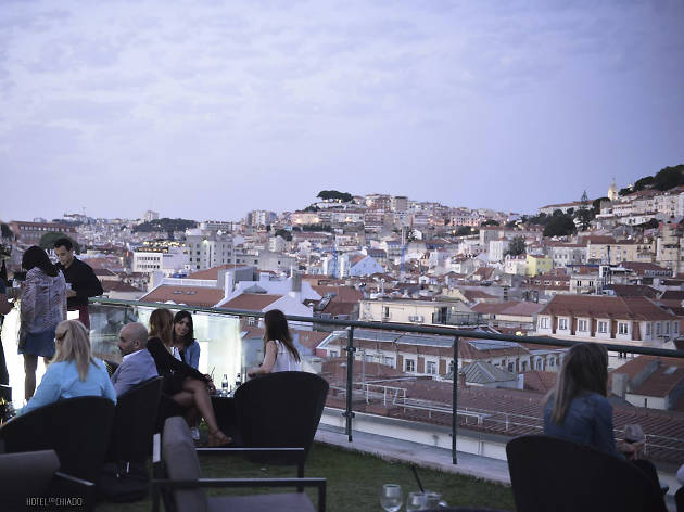 Entretanto roof top bar