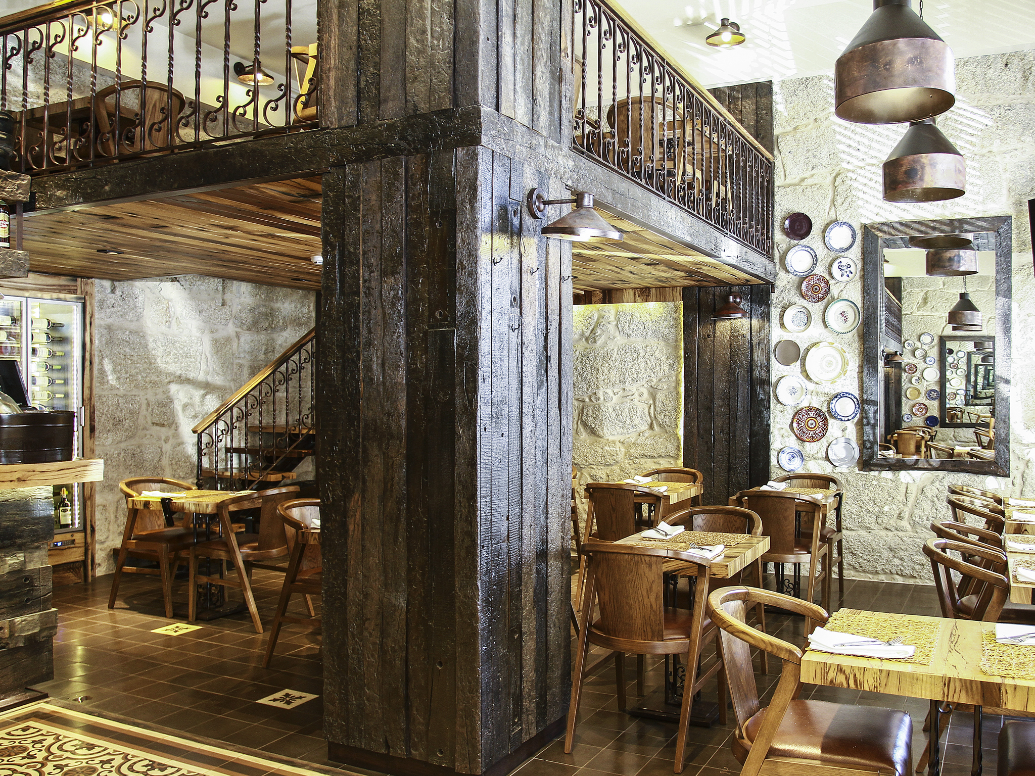 Our favourite late-night restaurants in Porto
