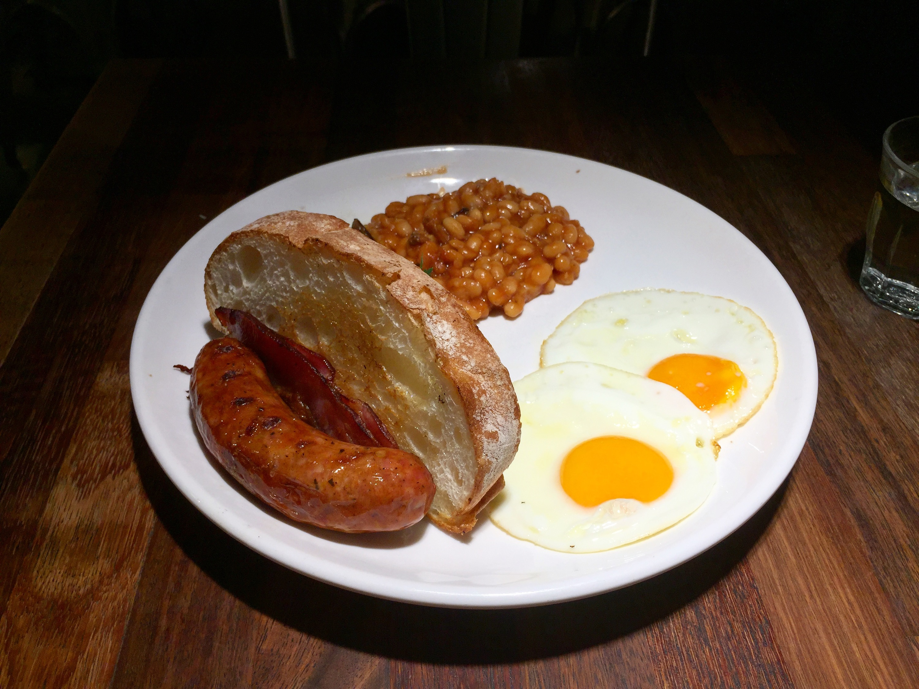 S.Wine The English fry up