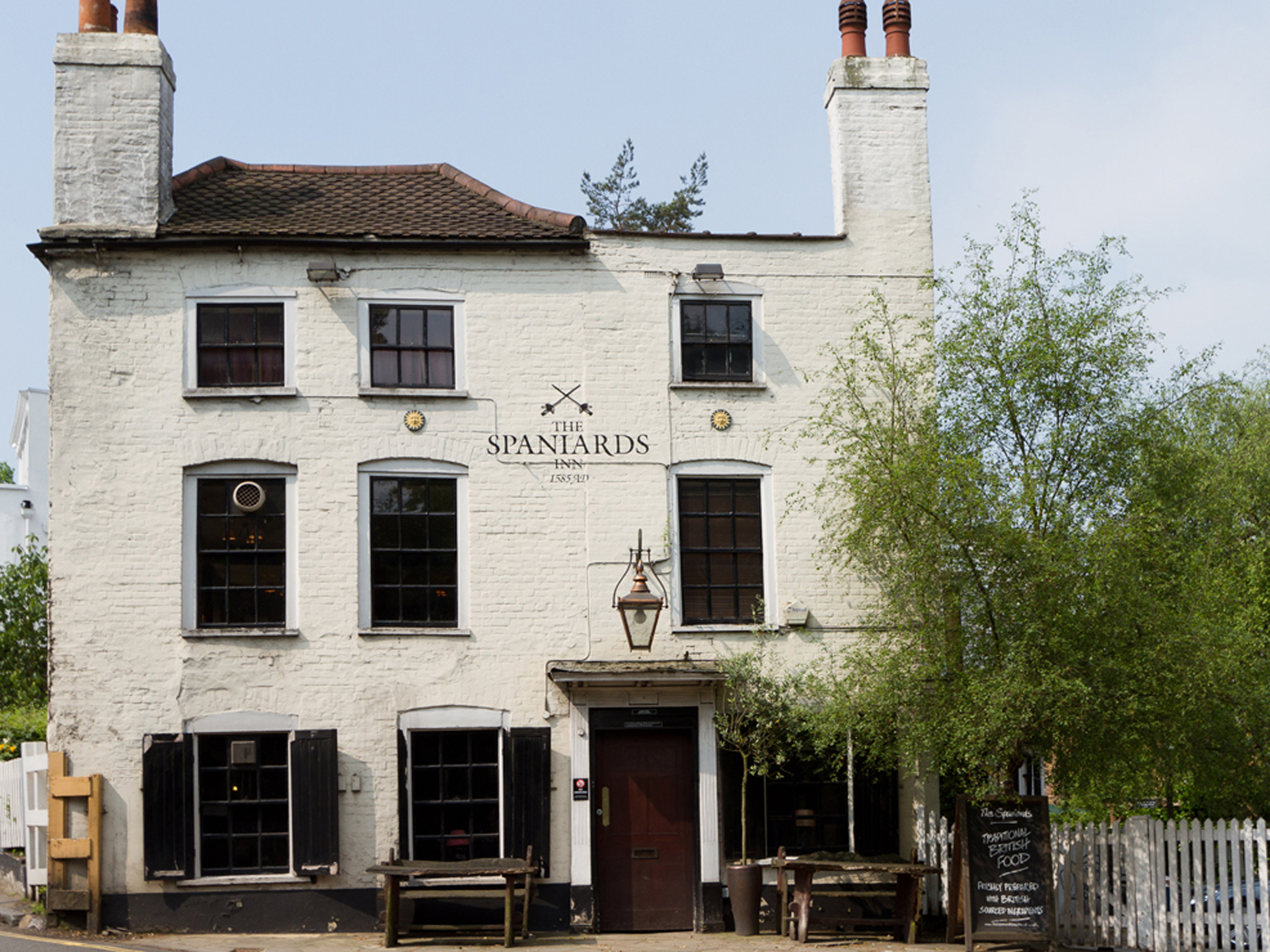 london's best historic pubs, spaniards inn