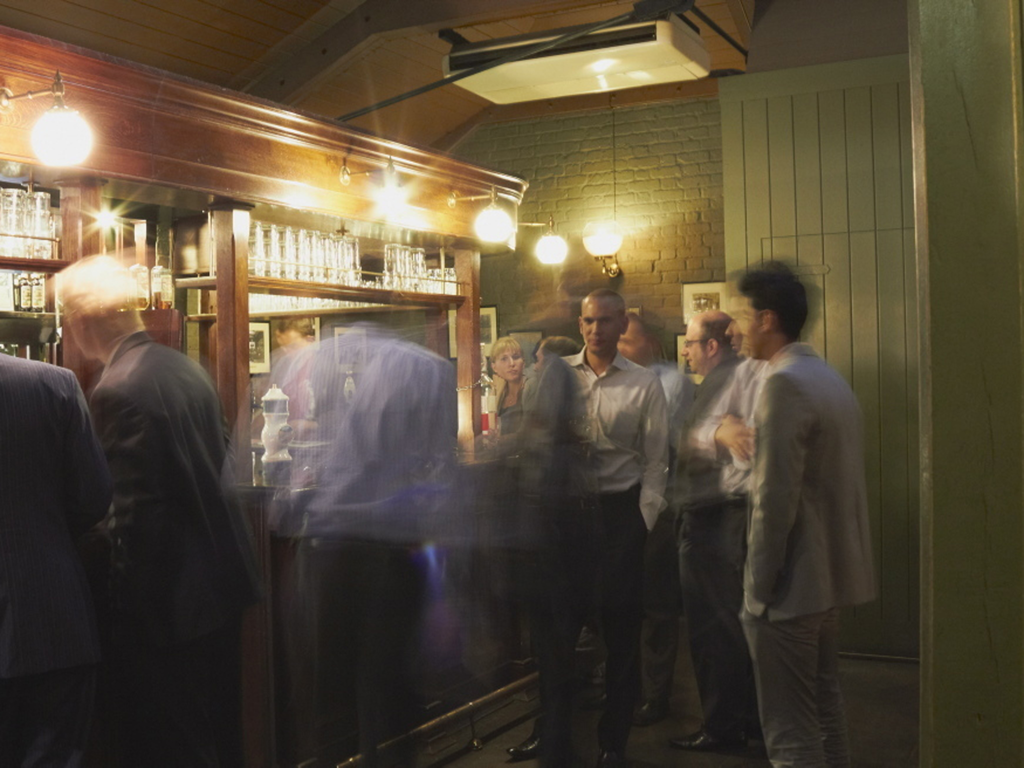 london's best historic pubs, ye olde cheshire cheese