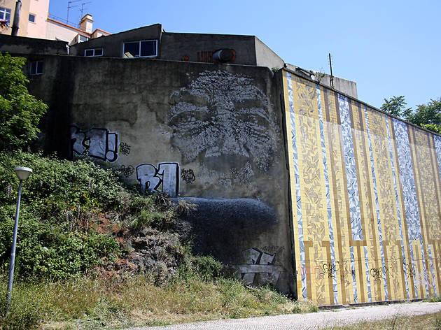 vhils, avenida Calouste Gulbenkian