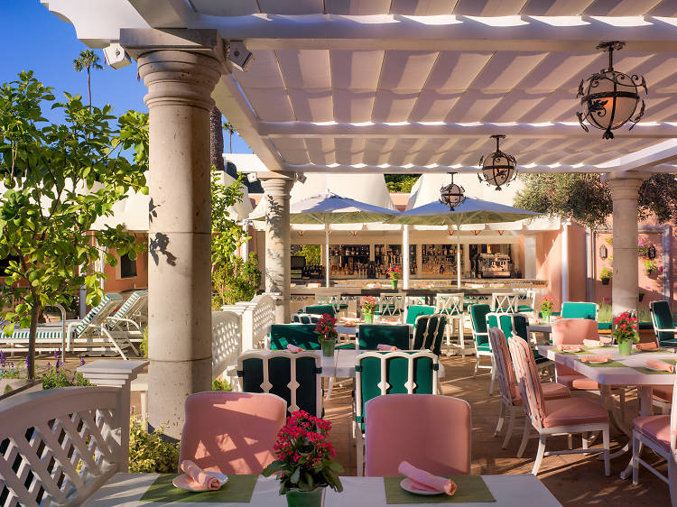 """Check out these beautiful spots that prove """"Millennial Pink"""" has always been a thing in L.A."""